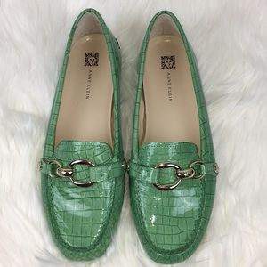 Anne Klein Leather Loafer Shoes Size 9